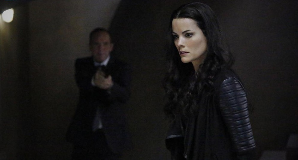agents-of-shield-who-you-really-are-02