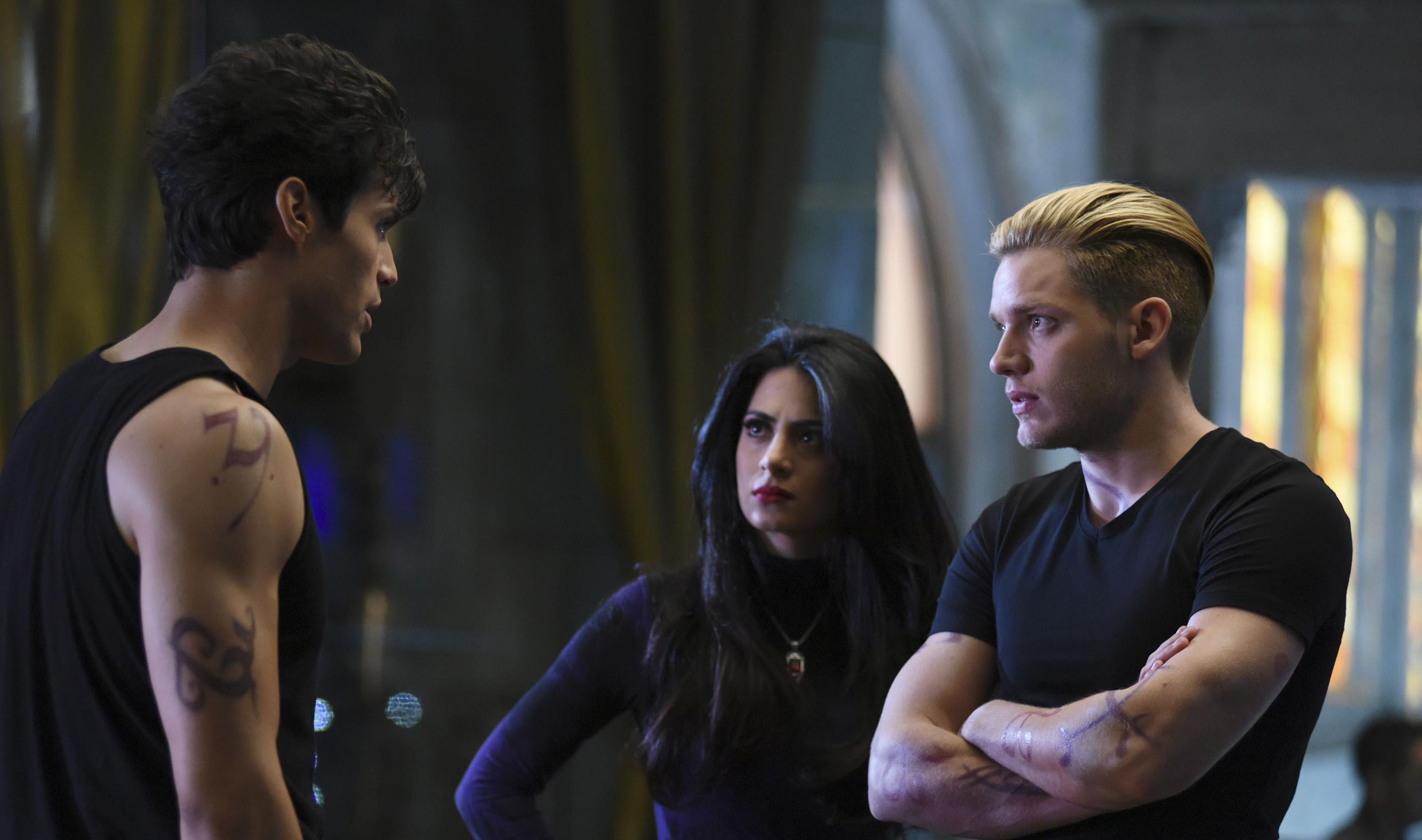 shadowhunters-episode-9-still-01