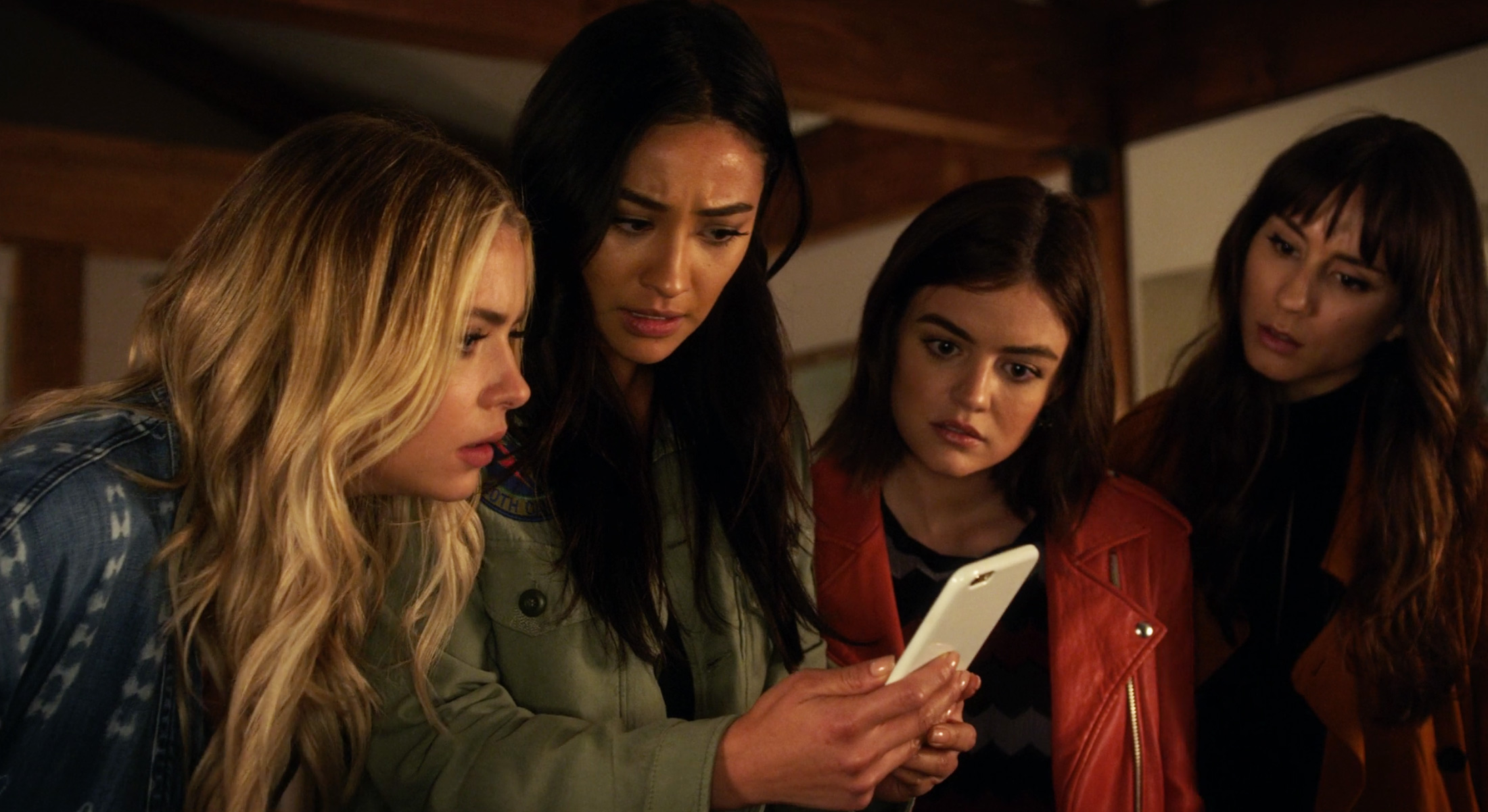 Pretty Little Liars Season 7 Episode 16 Stream