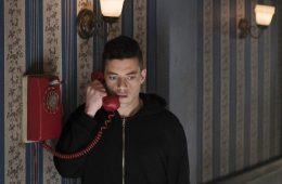 mr-robot-still-01