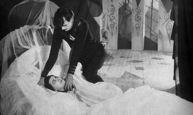 the-cabinet-of-dr-caligari-02