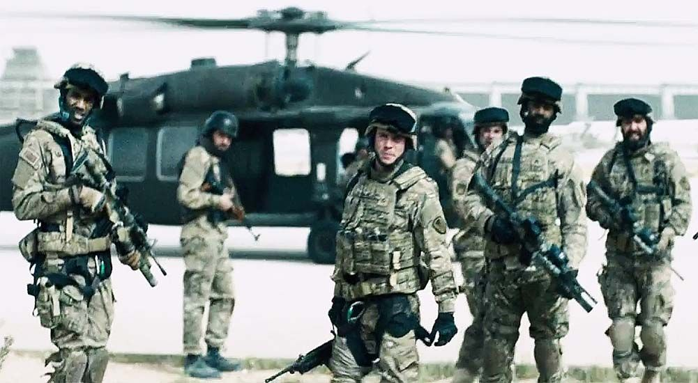 monsters-dark-continent-still-01