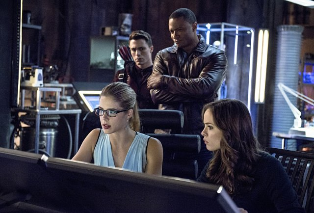 arrow-the-bold-and-the-brave-03