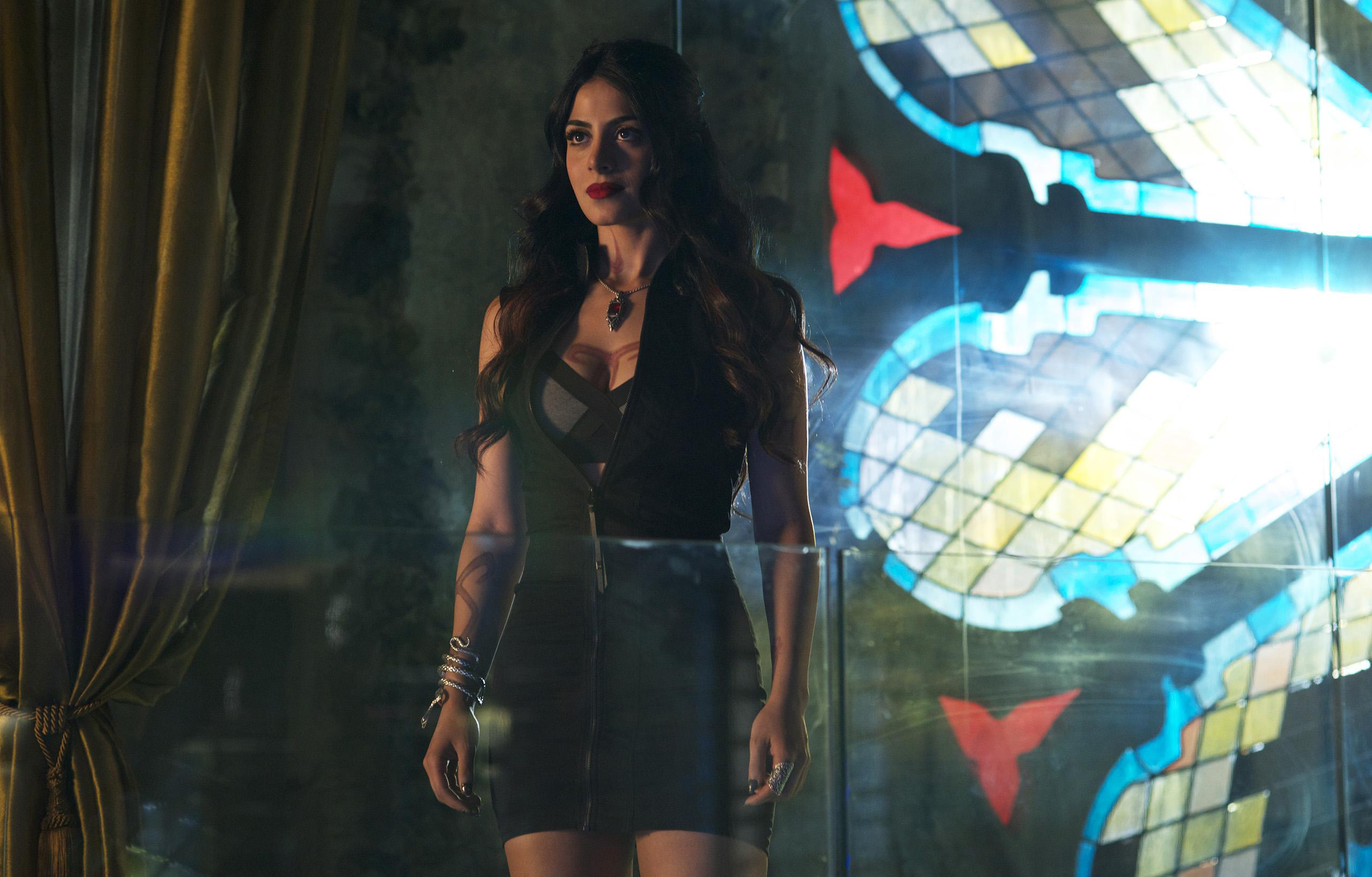 Shadowhunters Episode 1