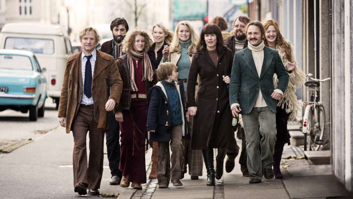 the-commune-still-01