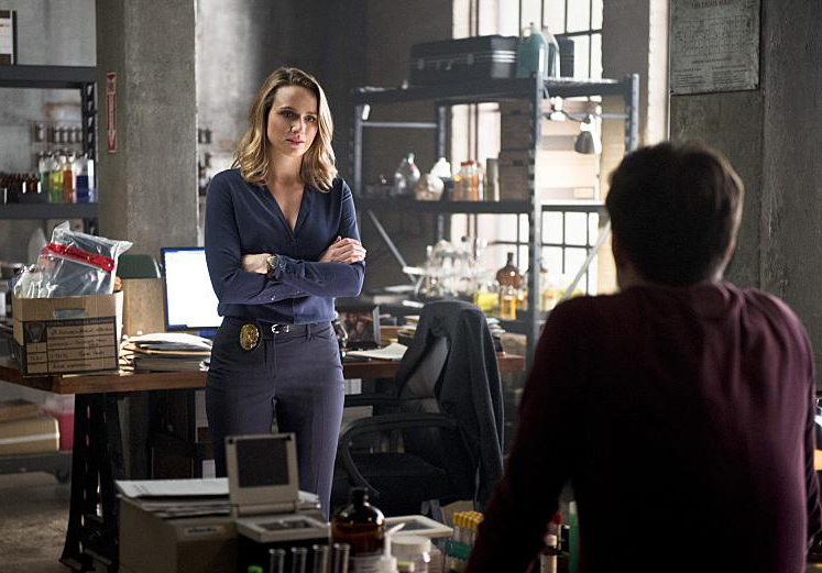 the-flash-season-2-episode-11-still-03
