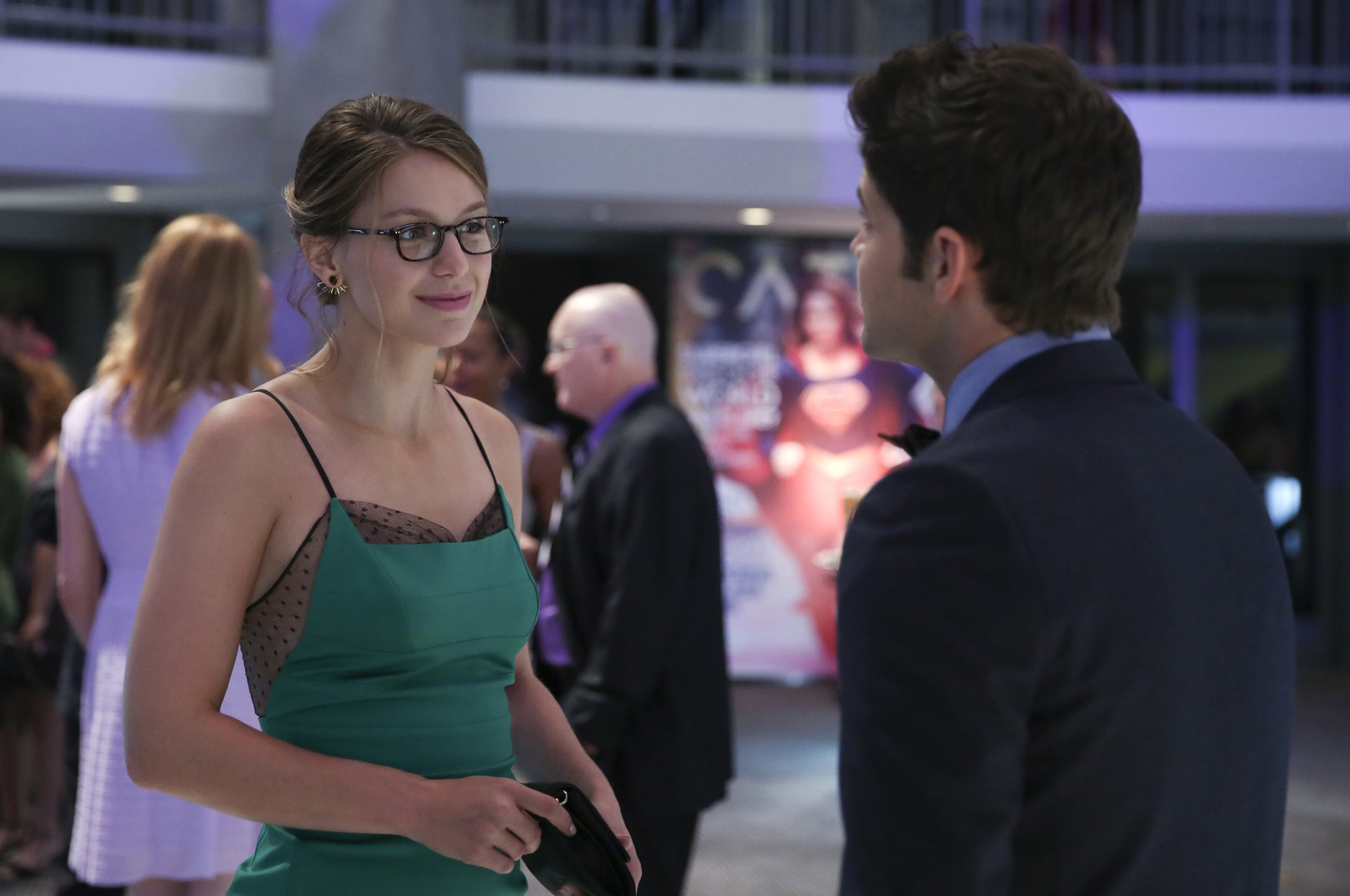 supergirl-season-1-still-03