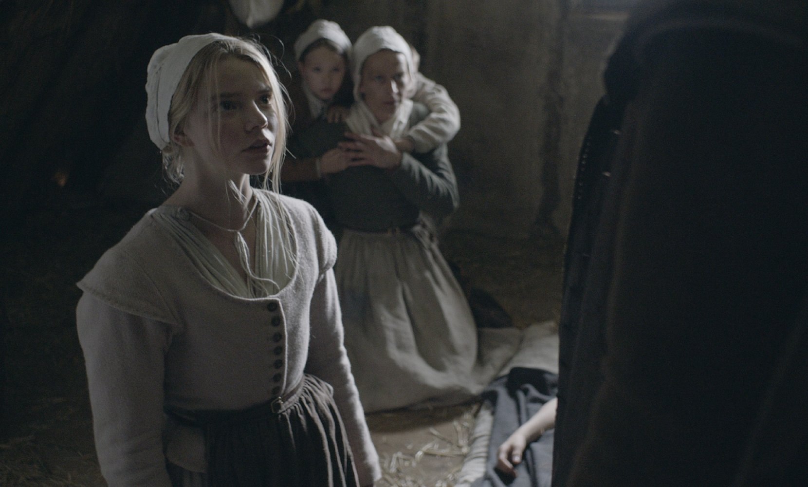 the-witch-still-03