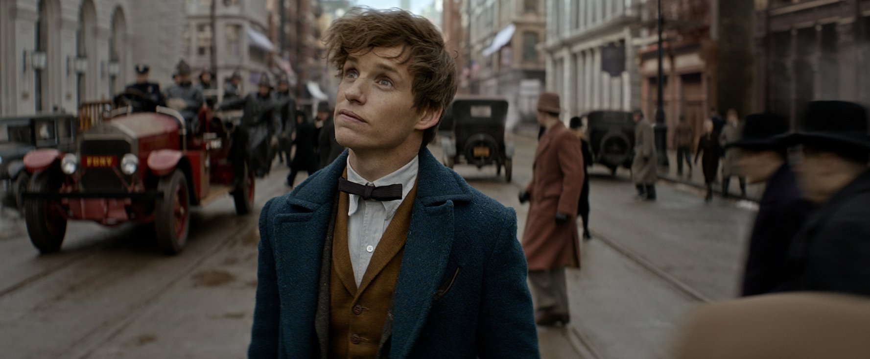 fantastic-beasts-still-04